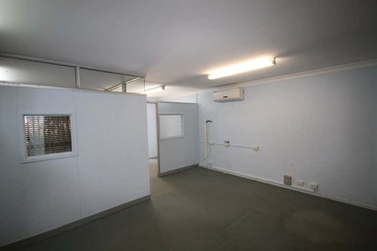 The White House, Suite 1, 99 MUSGRAVE STREET Berserker QLD 4701 - Image 2