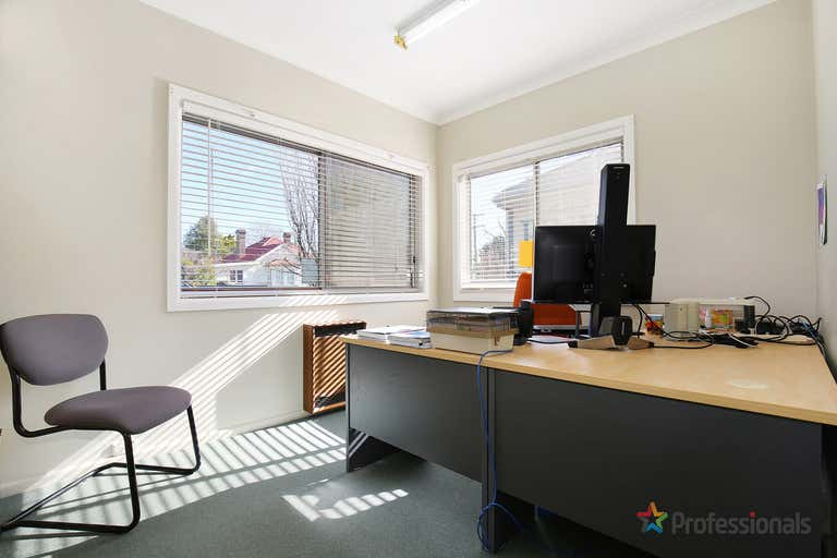 143 Marsh Street Armidale NSW 2350 - Image 4