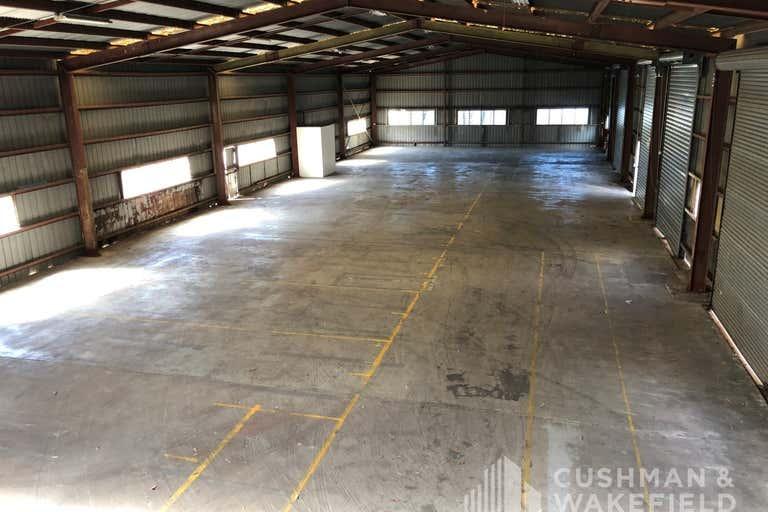16 Hinde Street Ashmore QLD 4214 - Image 3
