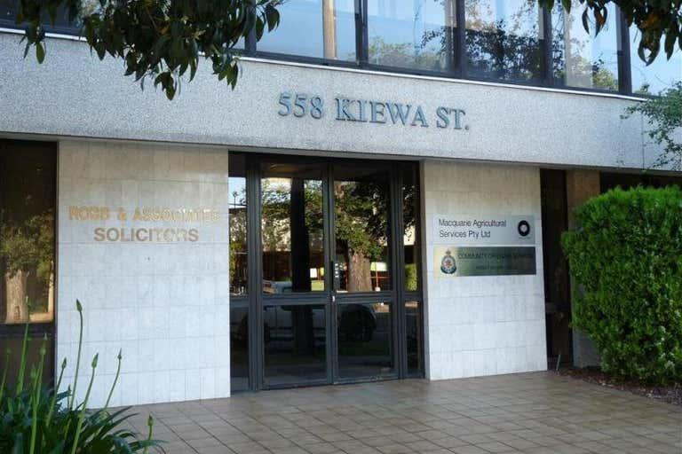 Suite 4/558 Kiewa Street Albury NSW 2640 - Image 3