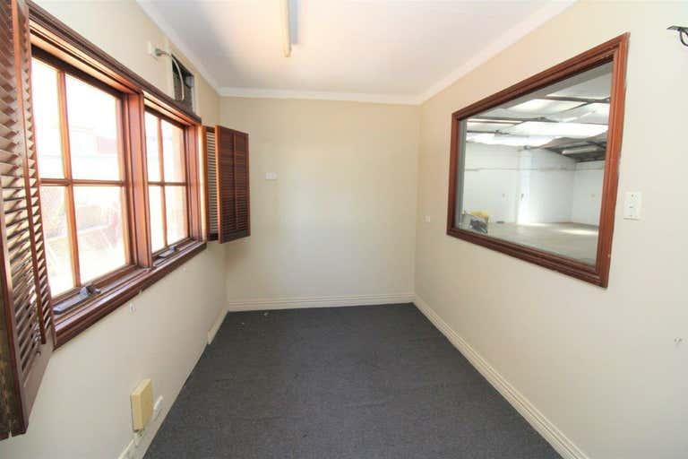 2/139 North Street Harlaxton QLD 4350 - Image 4