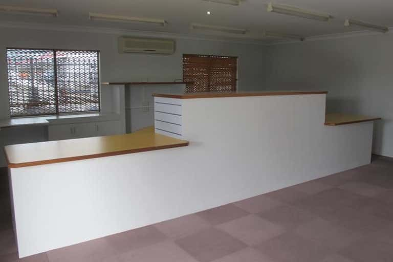 310 Spence Street Bungalow QLD 4870 - Image 2