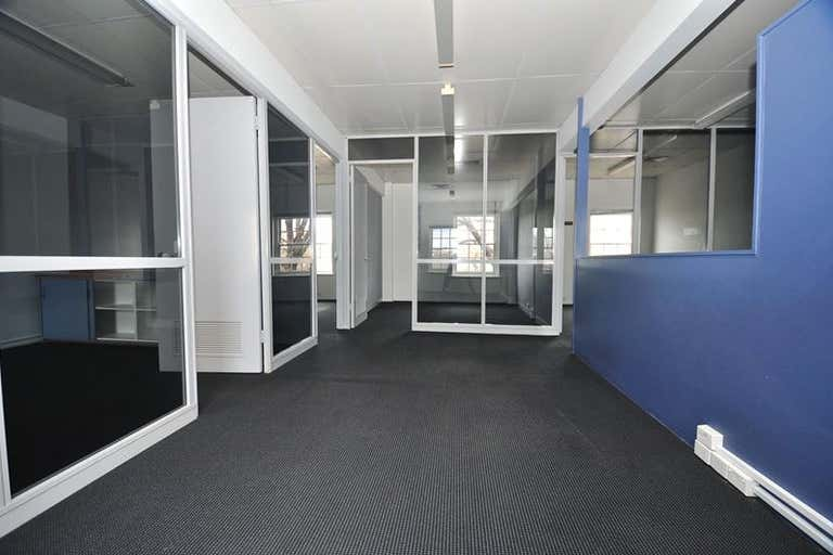6/35 Wills Street Bendigo VIC 3550 - Image 2