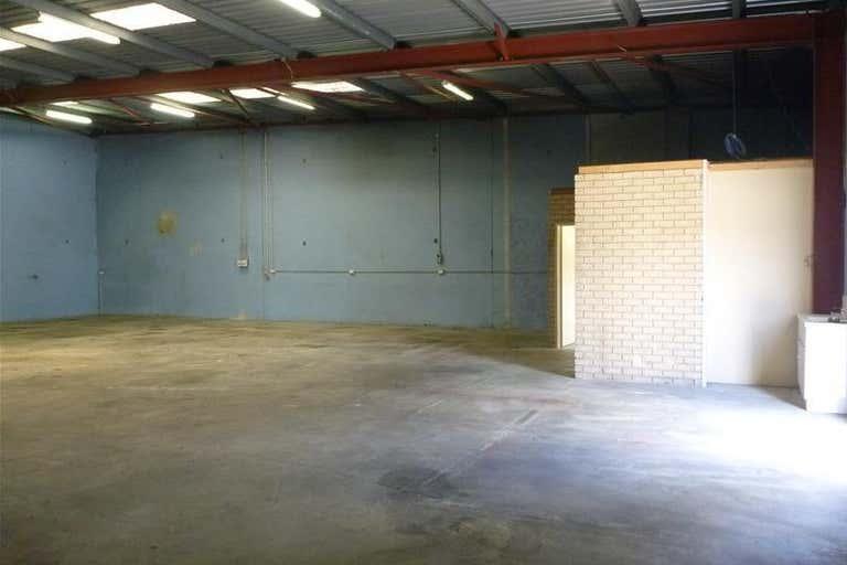 3/7 Elmsfield Road Midvale WA 6056 - Image 3