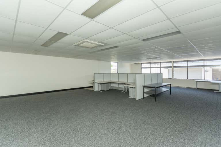 15/20-34 Caterpillar Drive Paget QLD 4740 - Image 4