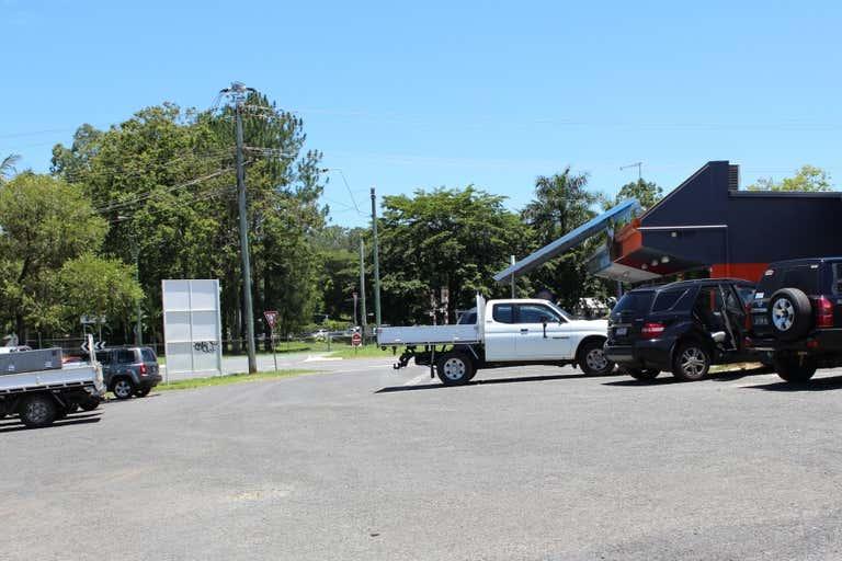 2/3 Windarra Street Woree QLD 4868 - Image 3