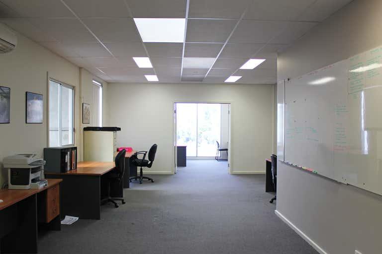 First Floor Unit 2, 9 Mirra Court Bundoora VIC 3083 - Image 3