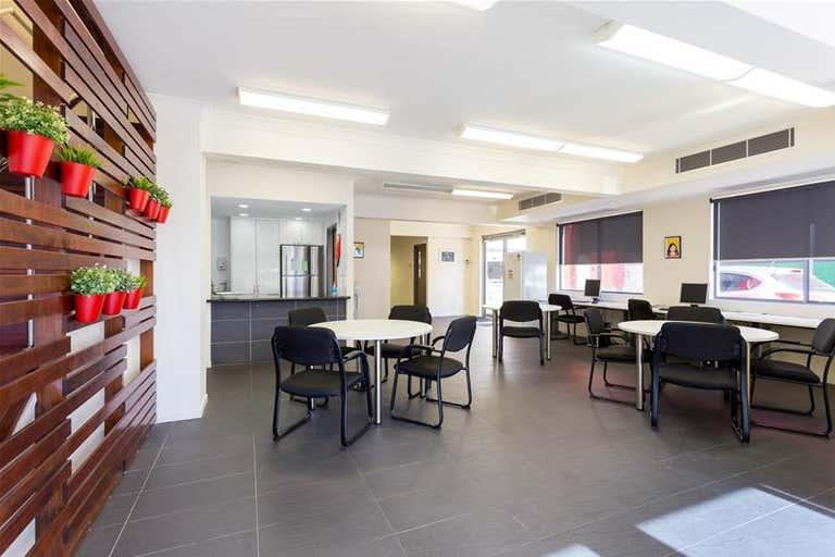 14 Proe Street Newstead QLD 4006 - Image 2