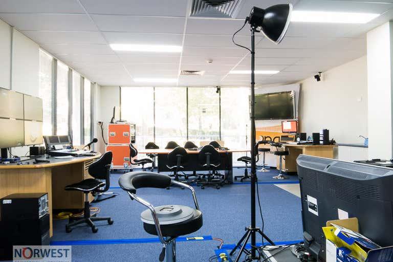 17 , 5-7 Inglewood Place Baulkham Hills NSW 2153 - Image 4