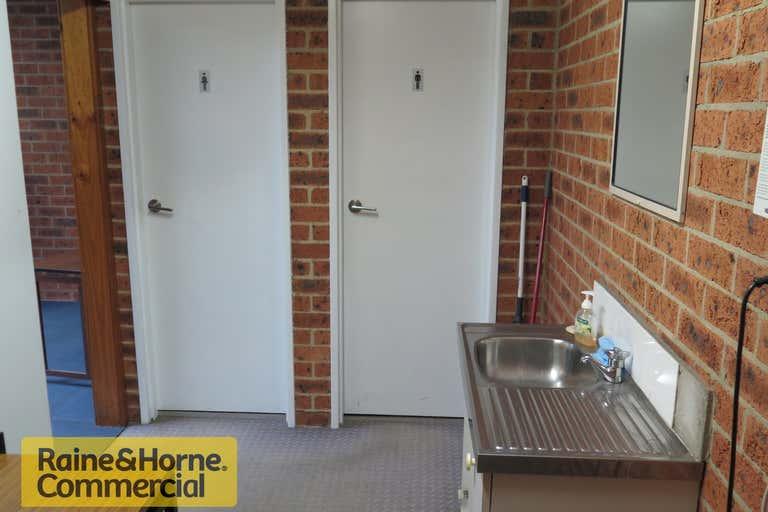 12/31 Dwyer Street North Gosford NSW 2250 - Image 2