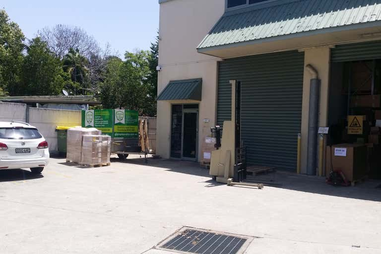 Forestville Showroom/ Warehouse - Image 1