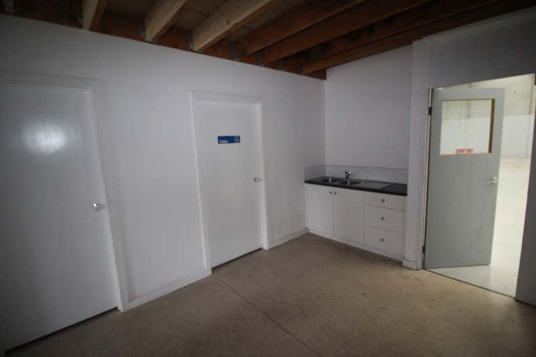 19A Sir Laurence Drive Seaford VIC 3198 - Image 4