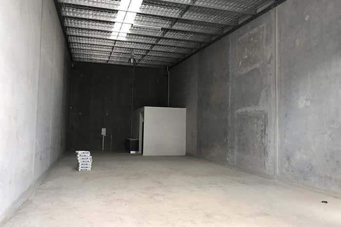 2/19-21 Access Crescent Coolum Beach QLD 4573 - Image 2