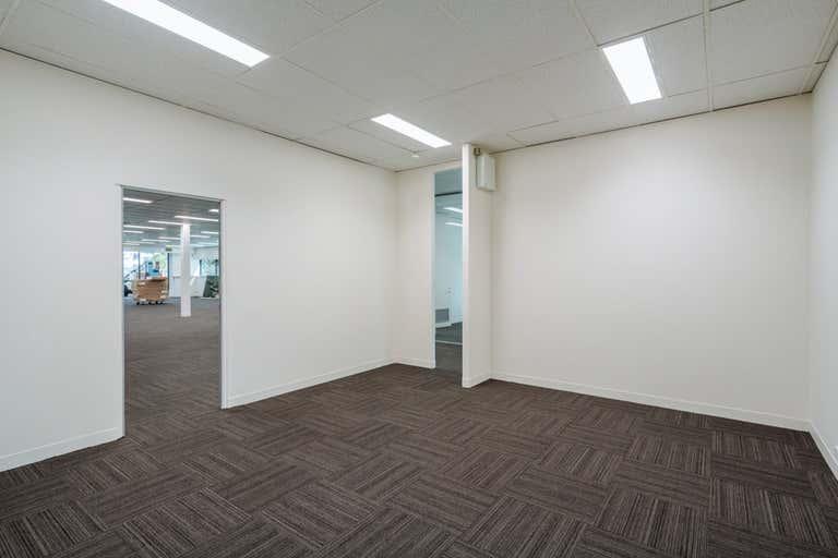 41A/10 Nash Street Perth WA 6000 - Image 4