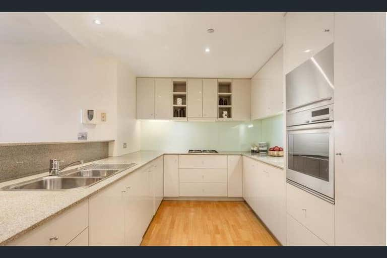 1/1 Queensberry Road Carlton VIC 3053 - Image 2