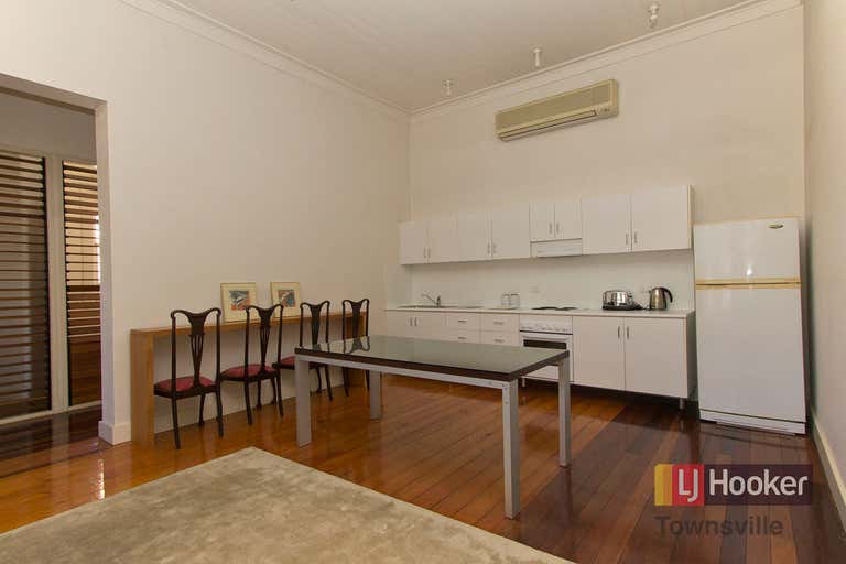 3/54 Denham Street Townsville City QLD 4810 - Image 2