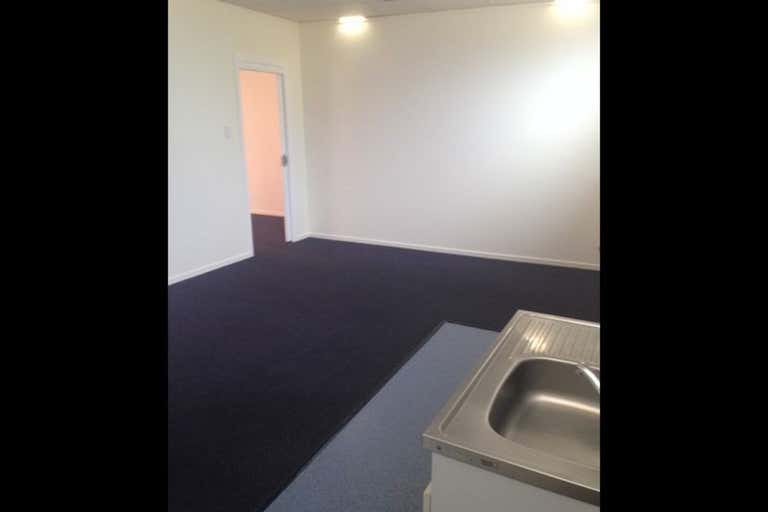 Suite 7, 28 Bell Street Toowoomba City QLD 4350 - Image 3