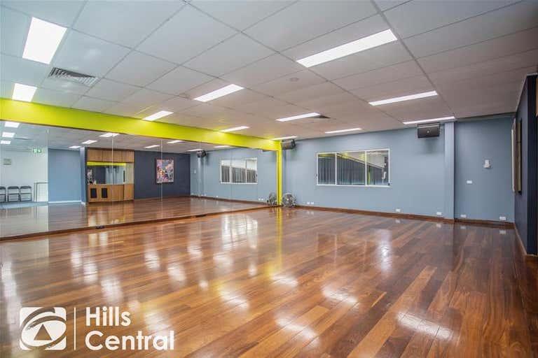 6/3 salisbury Road Castle Hill NSW 2154 - Image 4