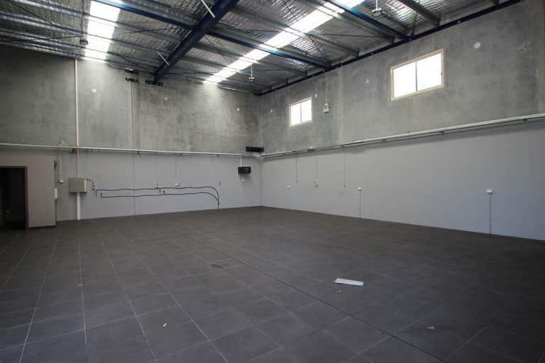 5/36 Investigator Drive Unanderra NSW 2526 - Image 3