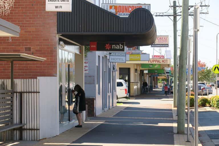 163-165 Murray Street Finley NSW 2713 - Image 2