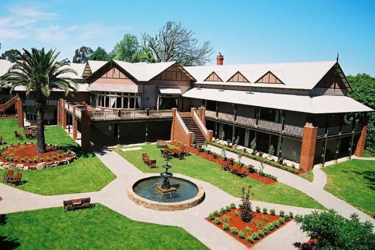 Bellinzona Resort, 77 Main Road Hepburn Springs VIC 3461 - Image 2