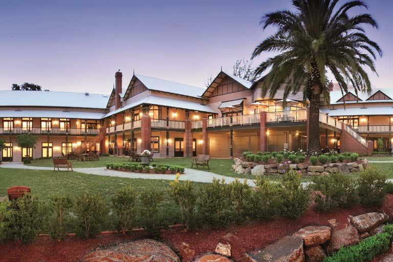 Bellinzona Resort, 77 Main Road Hepburn Springs VIC 3461 - Image 1