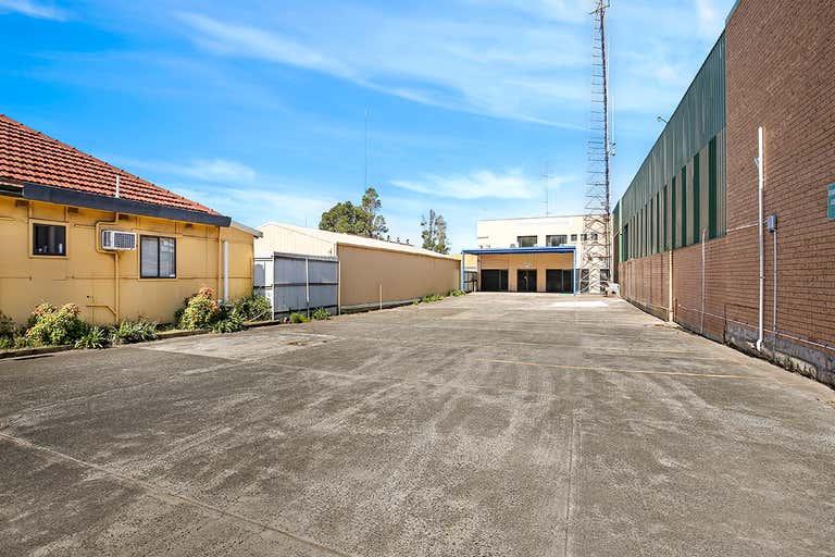 101 Auburn Street Coniston NSW 2500 - Image 2