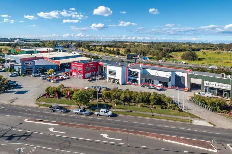 1/601 Nudgee Road Hendra QLD 4011 - Image 1