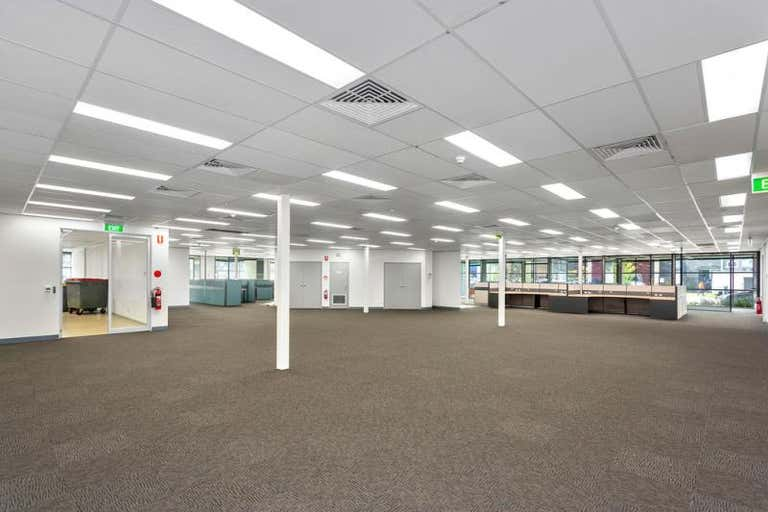 65 Fennell Street Port Melbourne VIC 3207 - Image 2
