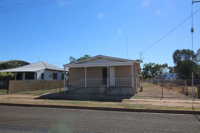 26 Bathurst Street Brewarrina NSW 2839 - Image 1