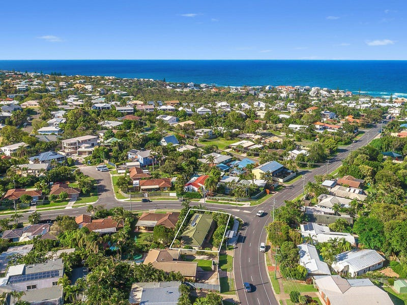 18 Dame Patti Drive, Sunrise Beach, Qld 4567