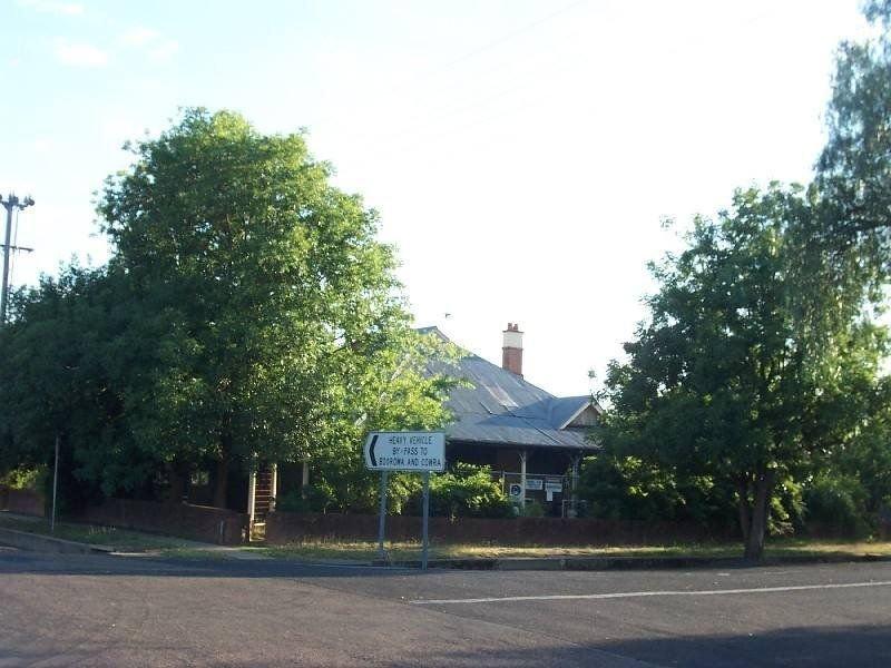 17 Cloete Street, Young, NSW 2594