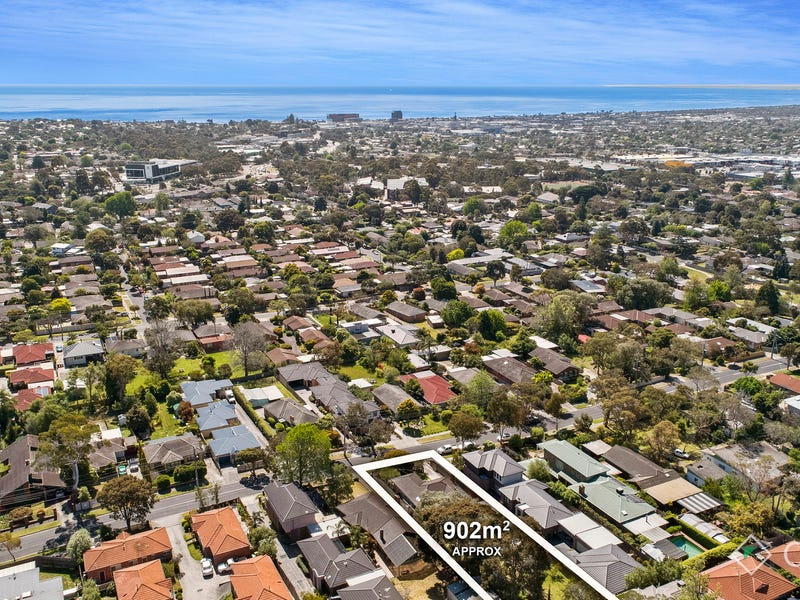 18 Screen Street, Frankston