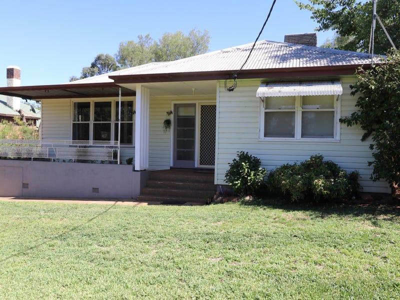 163 Polaris Street, Temora, NSW 2666