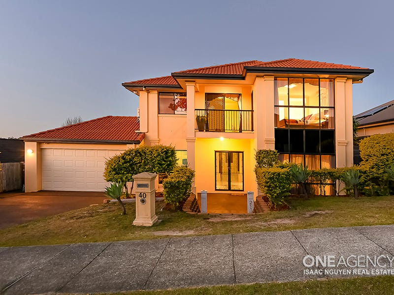 40 Viewpoint Dr, Springfield Lakes