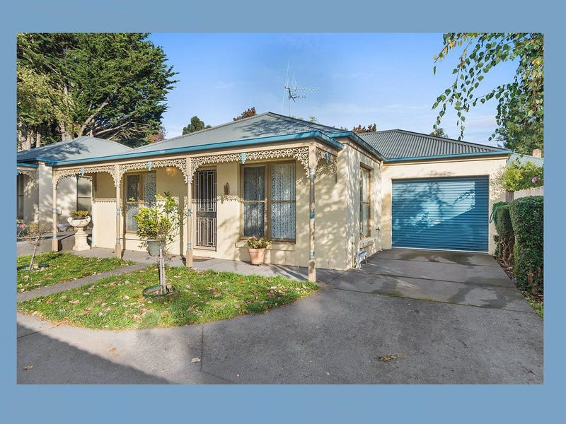 1 58A Urquhart Street Woodend Vic 3442