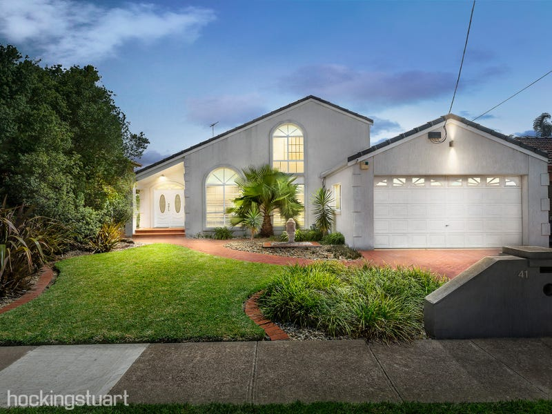 41 Birchwood Boulevard, Hoppers Crossing