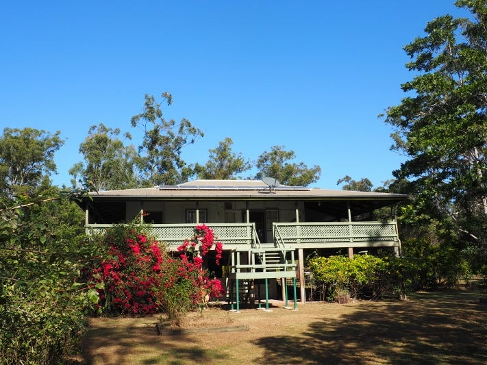 205 Petersen Road, Owanyilla, Qld 4650