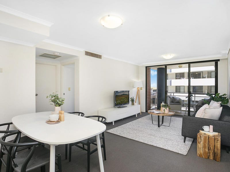 66/121 Pacific Highway, Hornsby