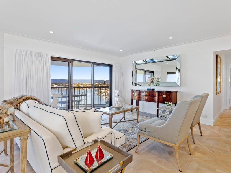 "63/8 ""Atlantis West"" Admiralty Drive, Surfers Paradise"