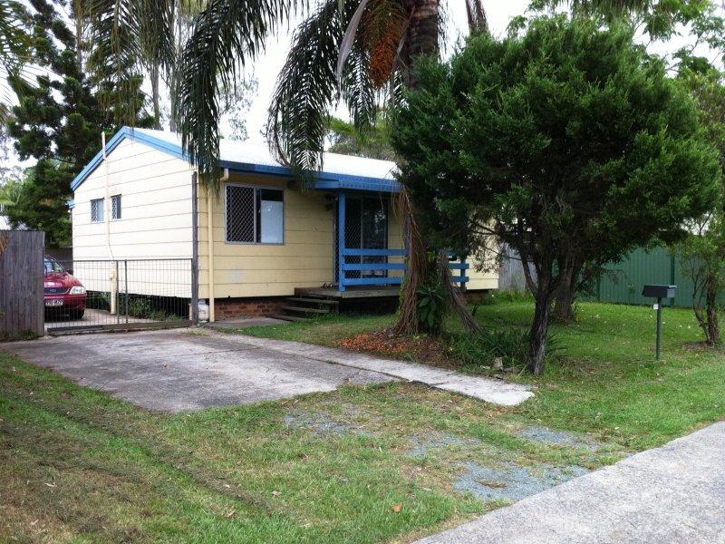 111 station rd loganlea qld 4131 property details. Black Bedroom Furniture Sets. Home Design Ideas