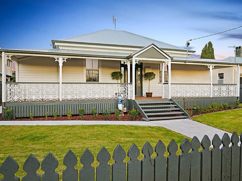 122 Hume Street, East Toowoomba