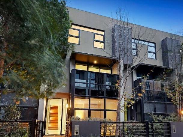 13/297 Dorcas Street, South Melbourne