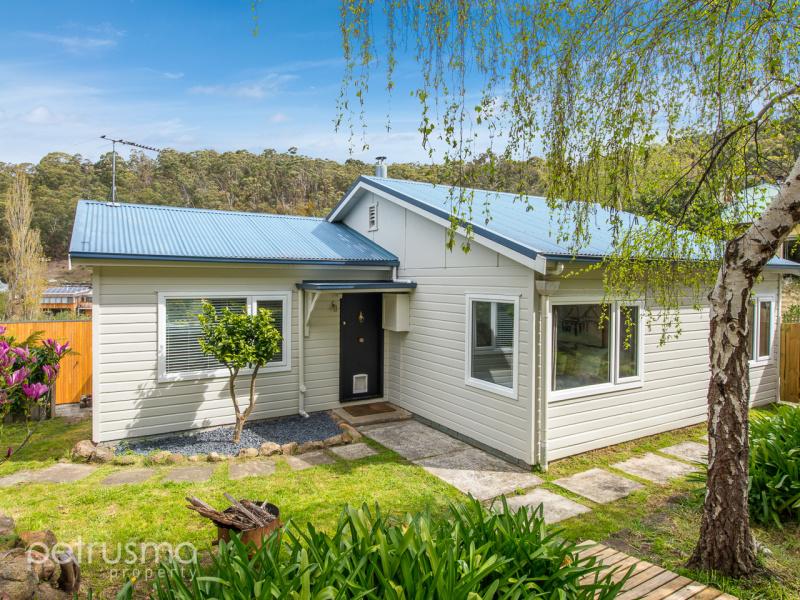 75 Poets Road, West Hobart, Tas 7000