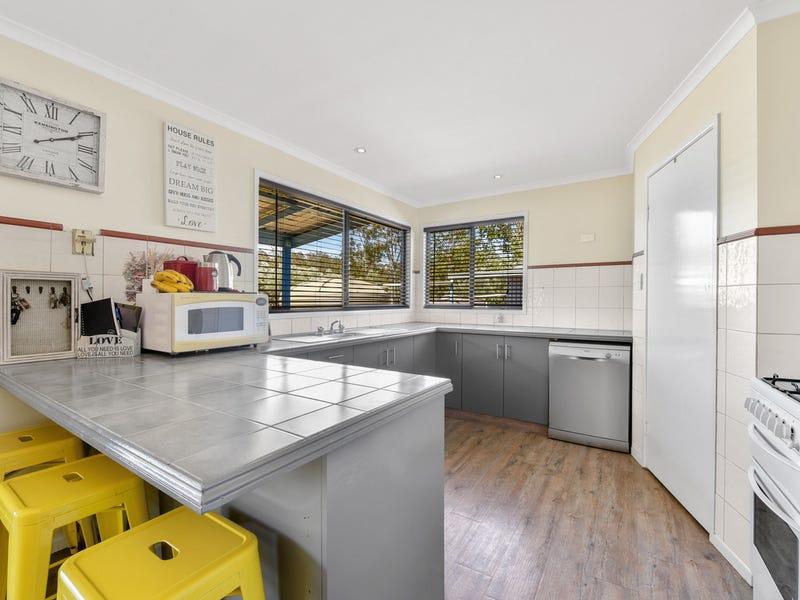140 Costellos Road, Upper Lockyer, Qld 4352