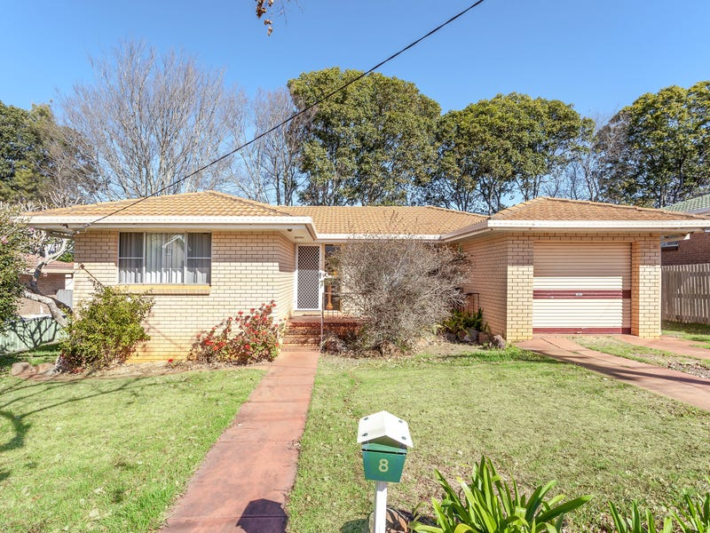 8 Bagot Street, Centenary Heights