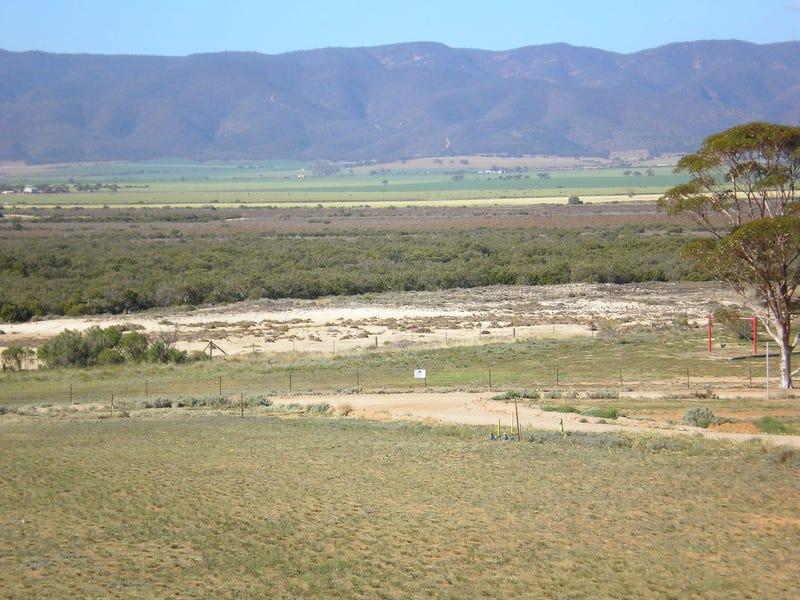 70 (Lot 336) North Flinders Esplanade, Weeroona Island, SA 5495