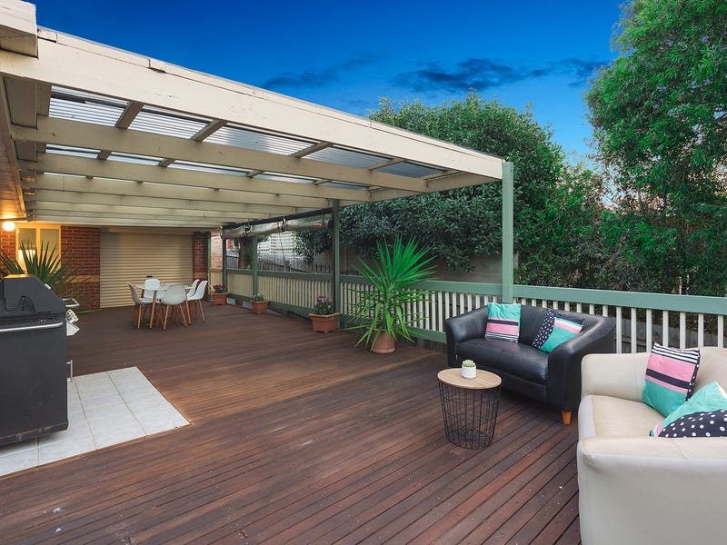 27 Clearwater Drive, Lilydale