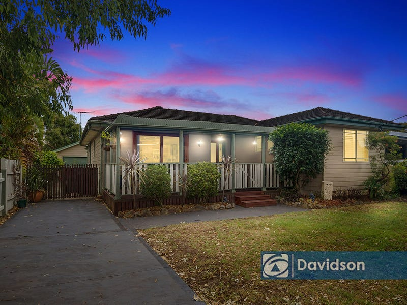 27 Derna Road, Holsworthy