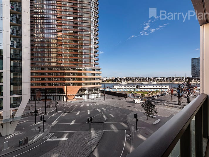 3E/9 Waterside Place, Docklands
